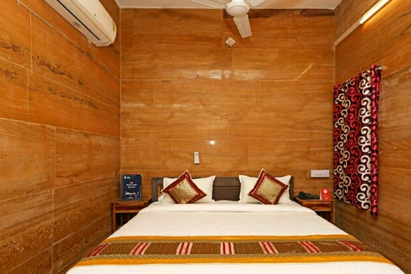 ... and Camel safaris to non touristic desert dunes or cultural performances night c&ing at Swiss tent  and other tours and packages are all available. & Jaisalmer Hotels | Budget Hotels in Jaisalmer| Camel Safari