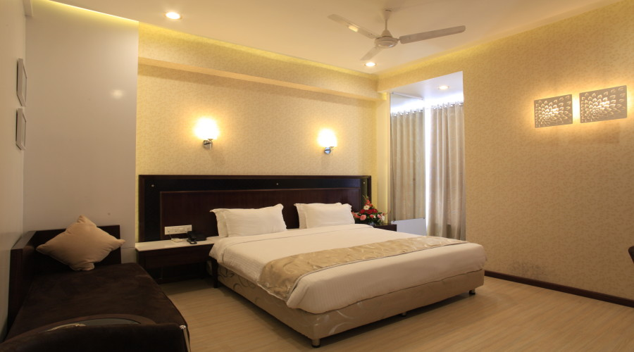 Executive Rooms at HOTEL SAI MAHAL Shirdi - Budget Hotels in Shirdi