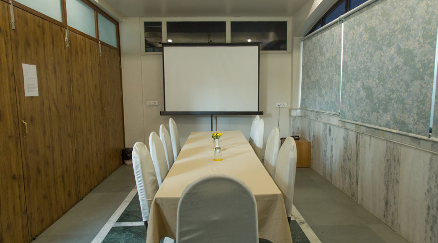 Banquet Space at THE MAJESTIC MANOR- A HOME AWAY FROM HOME Hotel Nagpur - Budget Hotels in Nagpur