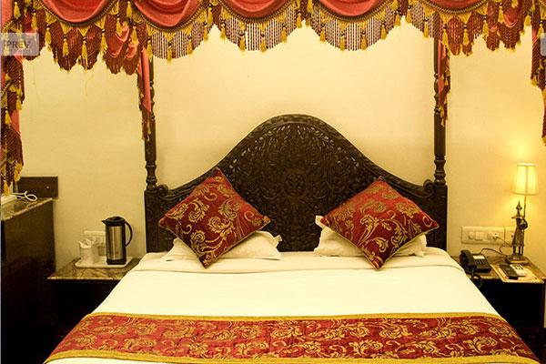 Royal Suite Room, NAHARGARH HAVELI JAIPUR - Budget Hotels in Jaipur