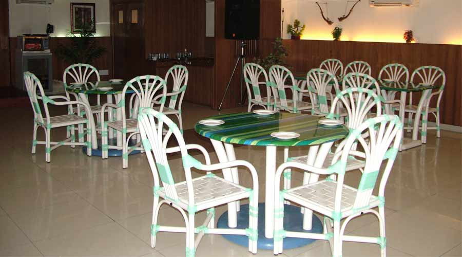 Jungal Me Mangal - Restaurant at TARIKAS JUNGAL RETREAT Chail - Budget Hotels in Chail