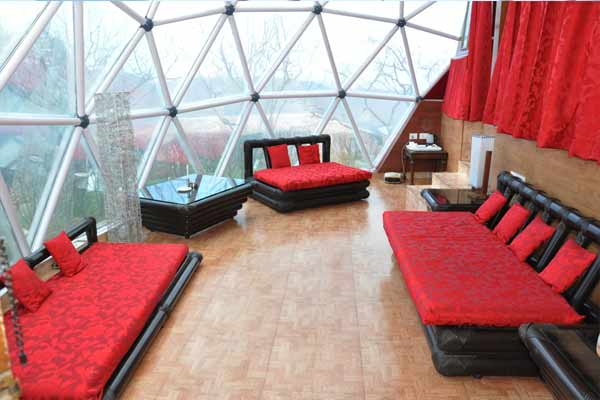 Glass Premium Cottage, TARIKAS JUNGAL RETREAT - Budget Hotels in Chail